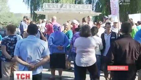 Два села в Винницкой области вышли на защиту бойцов АТО, которым не выделяют землю