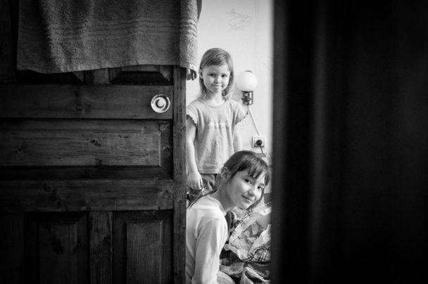 """Журналист """"Сніданку з 1+1"""" показала трогательные фото семьи в зоне АТО"""