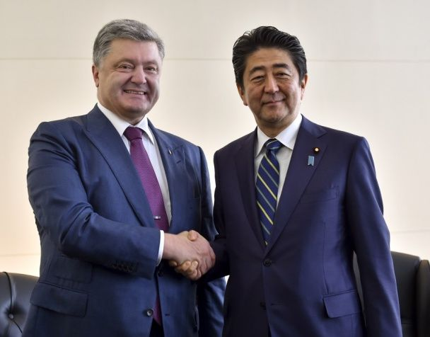 Порошенко в США договаривался об упрощении въезда украинцев в Японию и Новую Зеландию