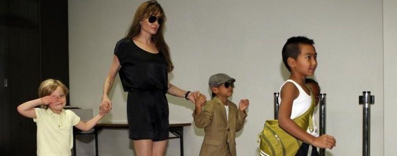 Конец идиллии: семейные фото Бранджелины, которые мы больше не увидим