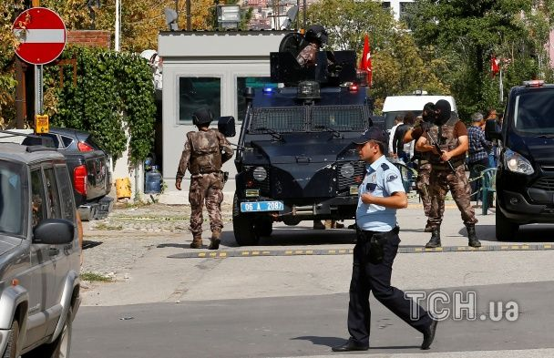 В Туреччині невідомі напали на посольство Ізраїлю: є постраждалі