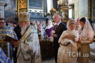 Тимошенко вразила парафіян Володимирського собору оздобою з живих квітів