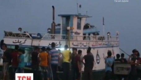 В Средиземном море перевернулось судно с мигрантами, есть погибшие