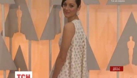 Марион Котияр подтвердила свою беременность и прокомментировала развод Джоли и Питта