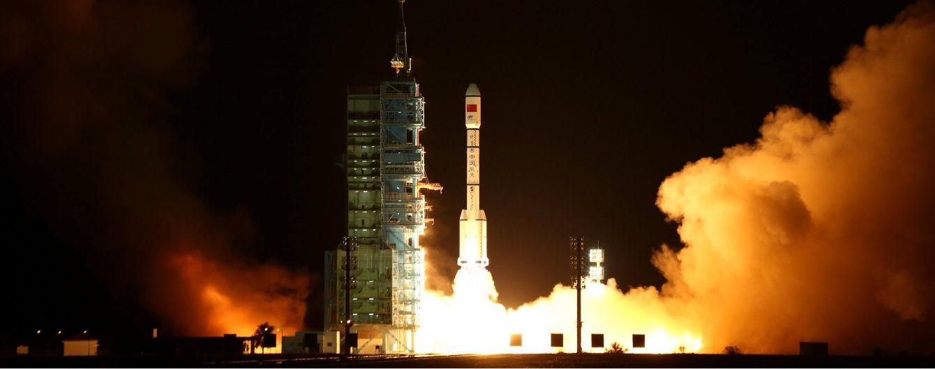 Китай втратив контроль над космічною станцією, яка тепер падає на Землю