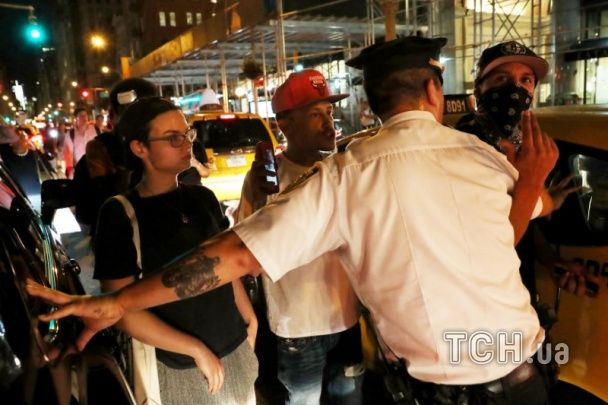 Десятки арештів та сотні військових. У США другий день тривають протести проти свавілля поліцейських