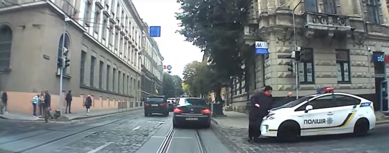 У Львові патрульна поліція збила жінку на пішохідному переході