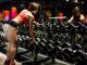Виснажливі тренування і натерті олією сідниці. Що постить в Instagram відома фітнес-модель