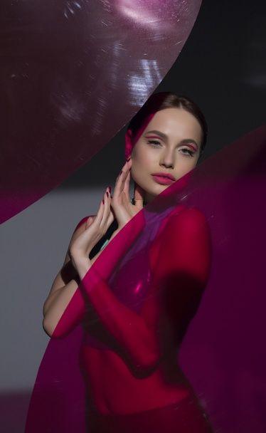 Соблазнительные девушки из REAL O в латексе танцевали в новом клипе