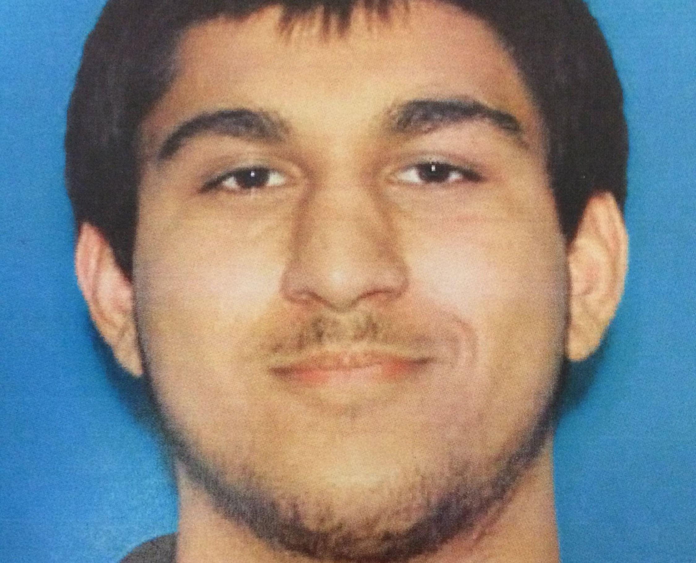 підозрюваний у стрілянині в торговому центрі Берлінгтона, Вашингтон
