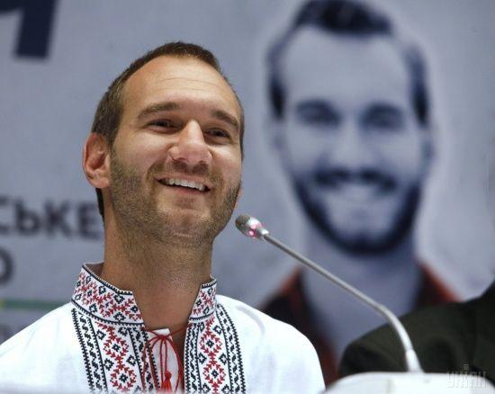 Смотрите онлайн выступление человека-легенды Ника Вуйчича на Крещатике