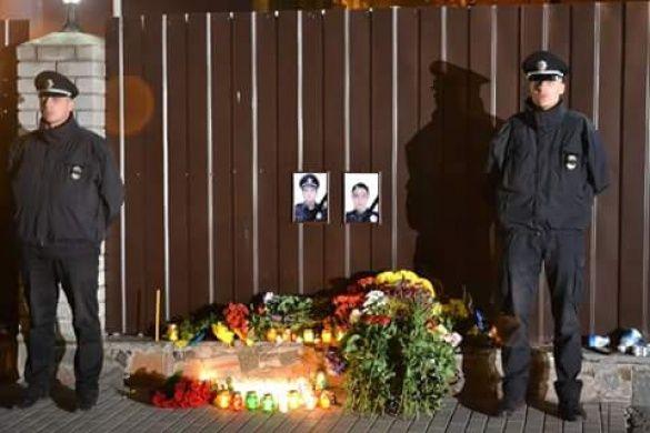 Квіти поліцейським у Дніпрі_2