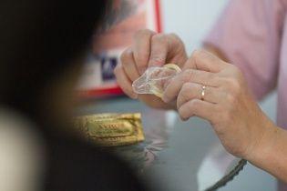 Відео протесту православних в Росії проти заводу з виготовлення презервативів вражає соцмережі