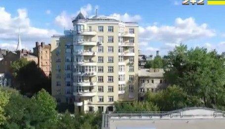 Квартирный скандал: кто купил жилье для Сергея Лещенко и Светланы Залищук