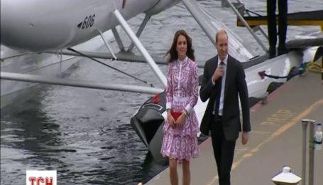 Кейт Миддлтон выбрала платье в цветах канадского флага для официальных встреч в Ванкувере