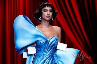 Блистает на подиуме: яркие выходы Ирины Шейк на Неделе моды в Милане