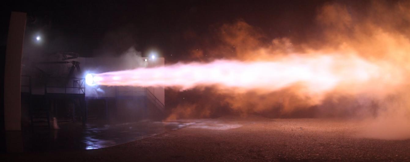 SpaceX випробувала двигун для польоту людини на Марс