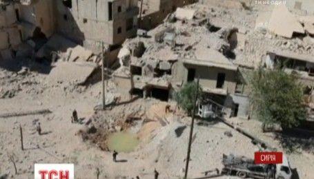 Четыре сирийских города получили гуманитарную помощь от Красного Креста