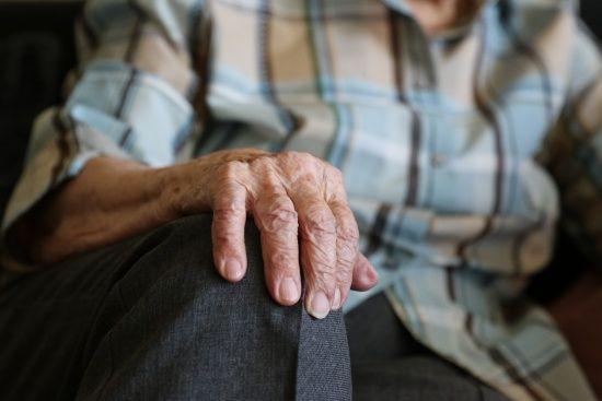 У Гройсмана пообіцяли не підвищувати пенсійний вік ще 10 років