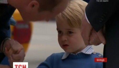 Детская дипломатия: трехлетний принц Джордж отказался здороваться с премьером Канады