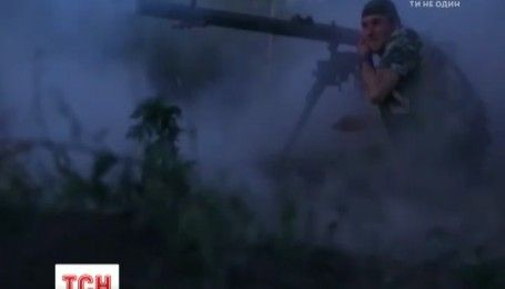 На фронті бойовики ведуть постійні обстріли українських позицій та здійснюють провокації