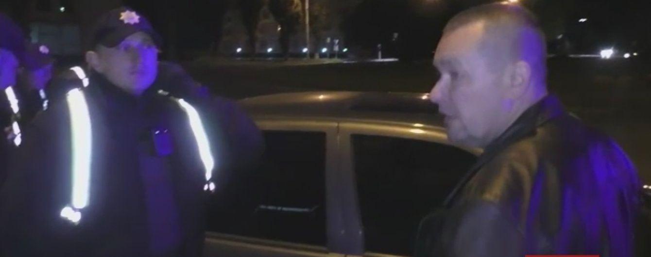 У Луцьку військовий комісар напідпитку врізався в таксі і втік