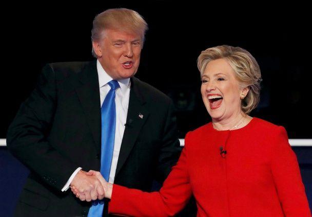 Самые яркие фото дня: ожесточенные дебаты Трампа и Клинтон, встреча президента Израиля в Киеве