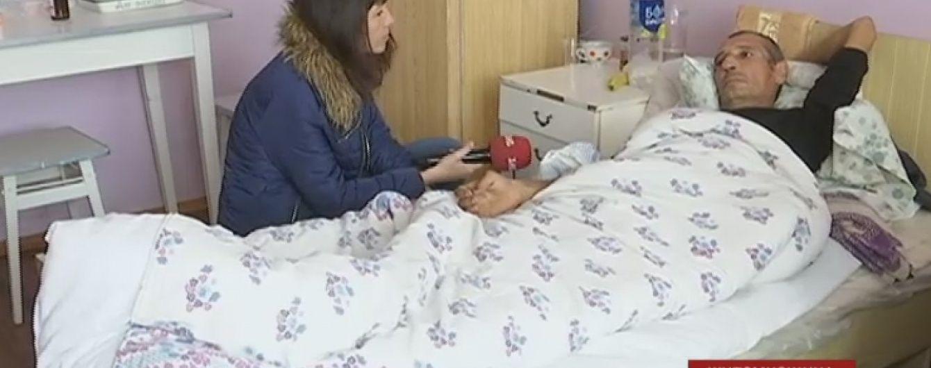 Житомирский пострадавший от суррогата ослеп и рад, что не поил подделкой гостей