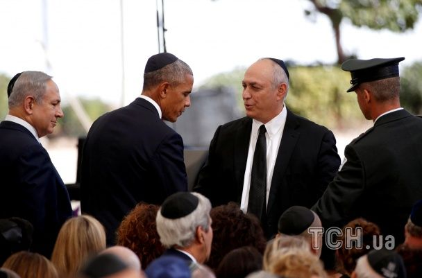 Печальный Клинтон и Обама в кипе. Как в Израиле прощались с экс-президентом Пересом