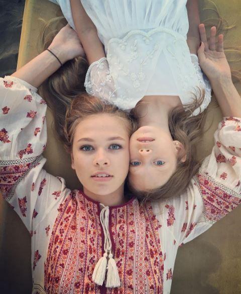 Брежнєва  з доньками_3
