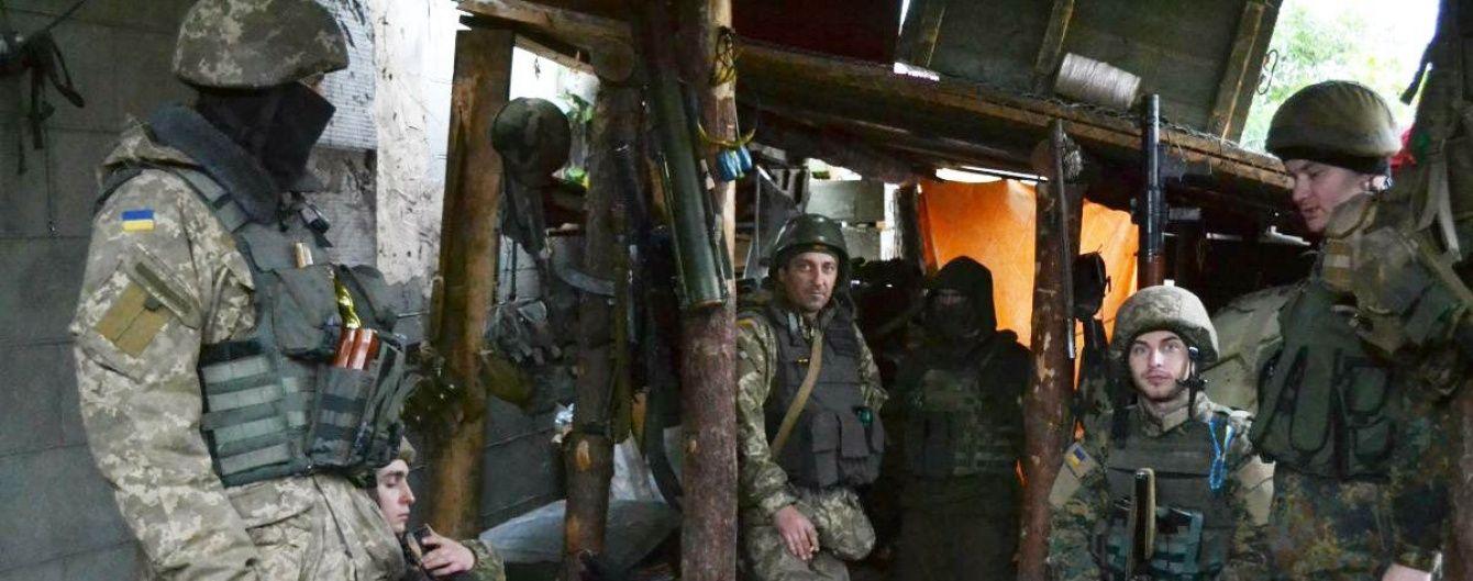 Боевики отказались отводить свои войска от Петровского и Станицы Луганской