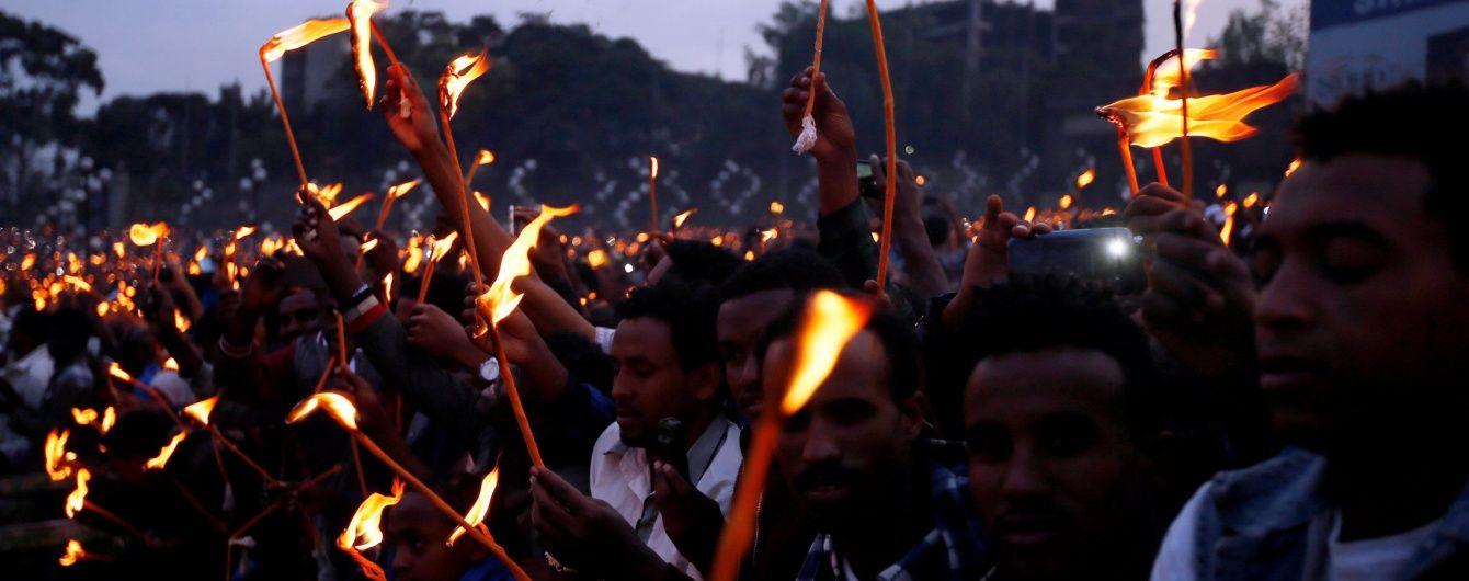 В Ефіопії під час масових протестів у тисняві загинули півсотні людей – місцева опозиція