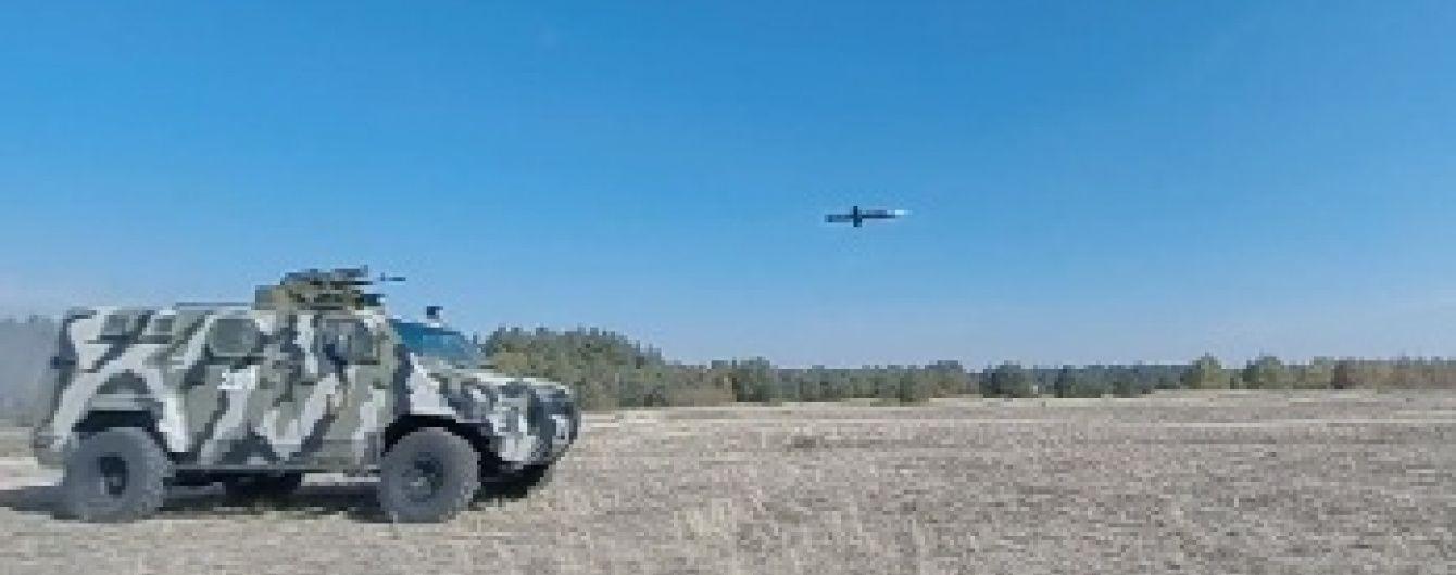 Порошенко оприлюднив відео успішного випробування нового українського озброєння