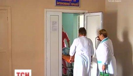 Еще два человека умерли от отравления фальсифицированным алкоголем на Харьковщине