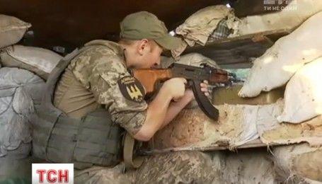 Новости из Восточного фронта: 32 раза обстреляли боевики украинские позиции за сутки