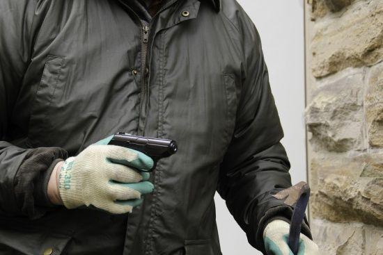 У Києві в одному з гаражних кооперативів невідомі у балаклавах розстріляли чоловіка