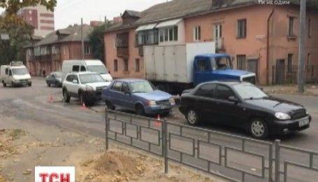 В Чернигове по вине главы местного облсовета произошло тройное ДТП