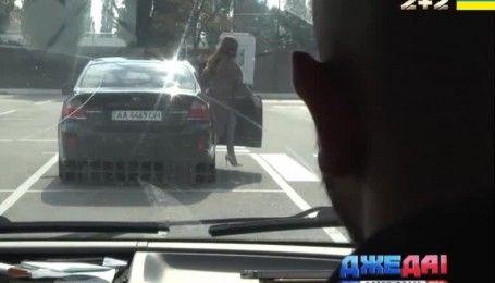 ДжеДАИ провели эксперимент: как ведут себя украинцы, когда видят автомобильного вора