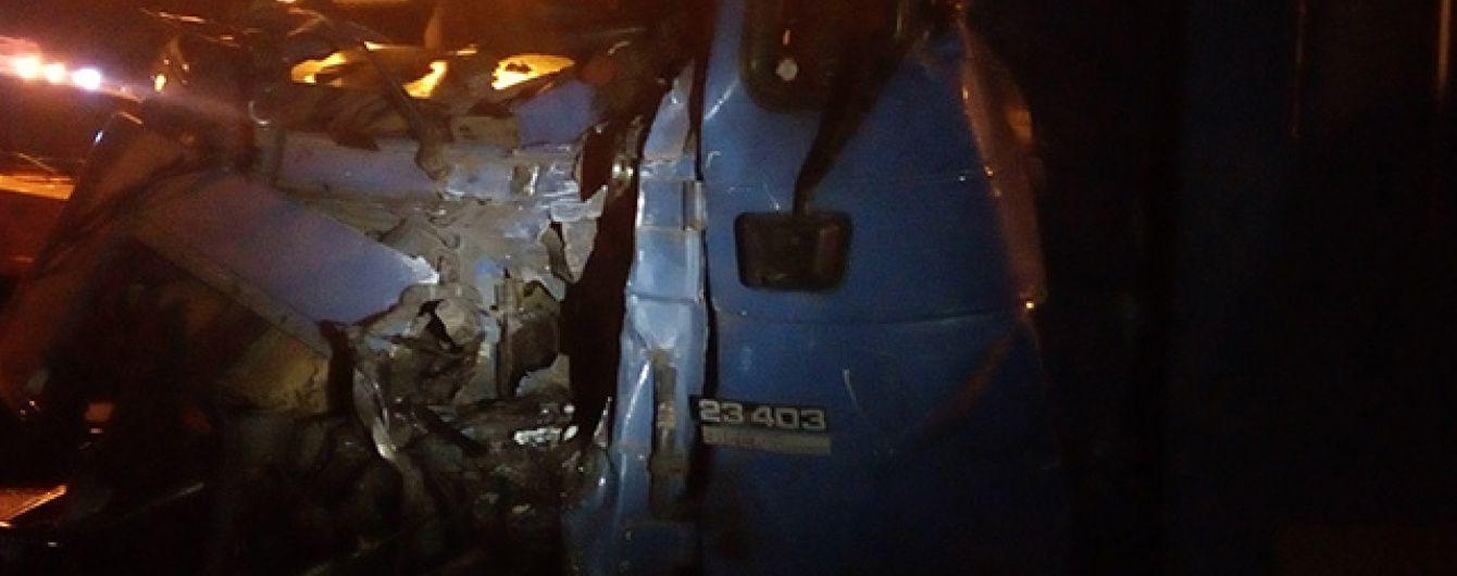 Смертельное ДТП на Николаевщине: два грузовика столкнулись лоб в лоб