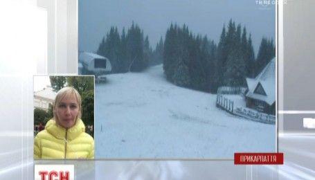 У високогір'ї Карпат випав сніг