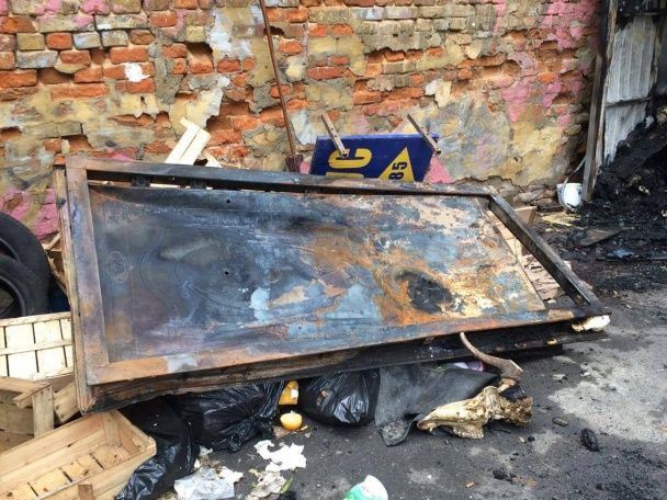 Моторошна пожежа в Києві: охоронець згорів через незгашену цигарку