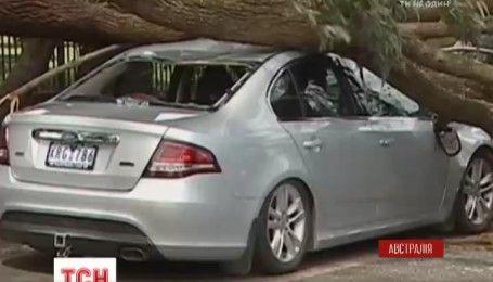 Мощный ураган обрушился на юг Австралии