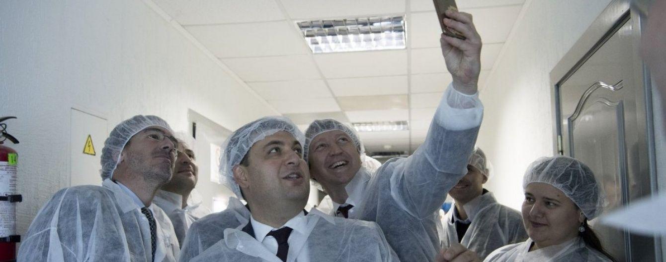 Гройсман умножил на 2 прогноз роста экономики Украины