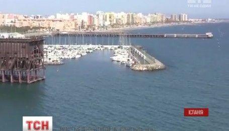 Українських моряків затримала поліція Іспанії за перевезення зброї і наркотиків