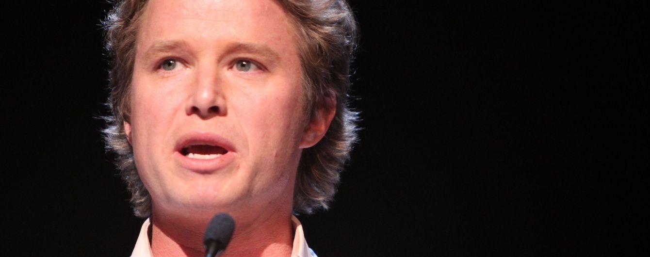 Американского телеведущего могут уволить за вульгарное обсуждение женщин с Трампом