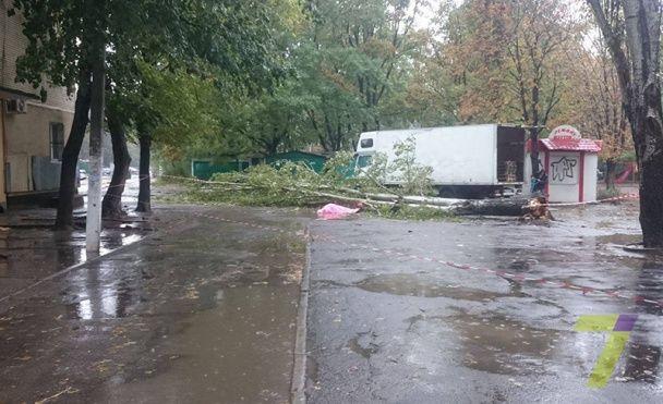 Появилась первая жертва мощного шторма в Одессе