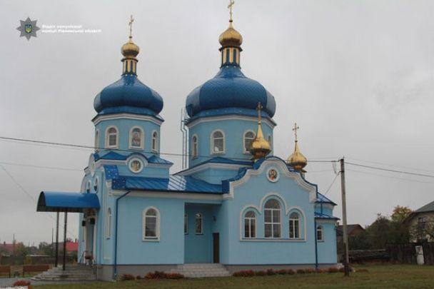 На Рівненщині грабіжники за ніч вдерлися до чотирьох церков