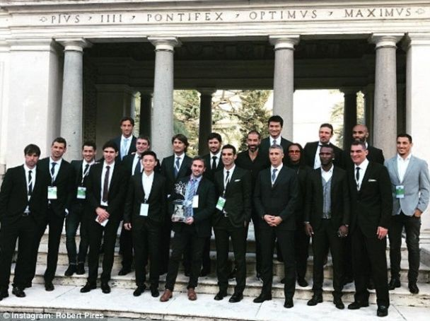 У Римі відбувся благодійний матч футбольних суперзірок минулого