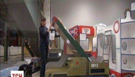 """Российская мебельная фабрика создала детскую кровать в виде зенитно-ракетного комплекса """"Бук"""""""