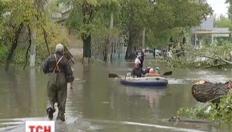 У Одесі вщухає буревій: негода забрала життя 2 дорослих людей та 11-річної дитини